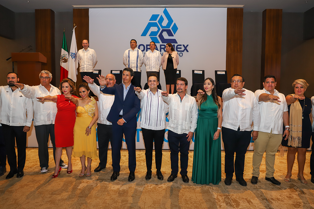 Read more about the article Toma de Compromiso del Consejo Directivo 2019-2020